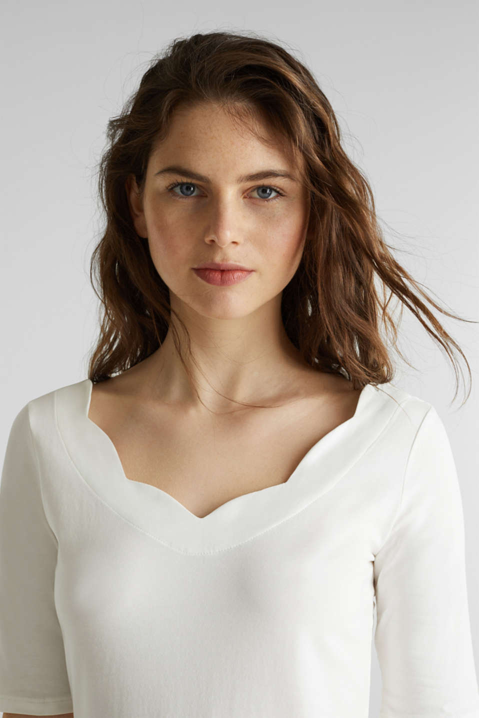 Stretch T-shirt with a scalloped trim, OFF WHITE, detail image number 6