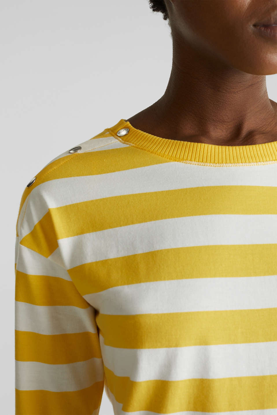 Long sleeve top with button details, 100% cotton, YELLOW, detail image number 2