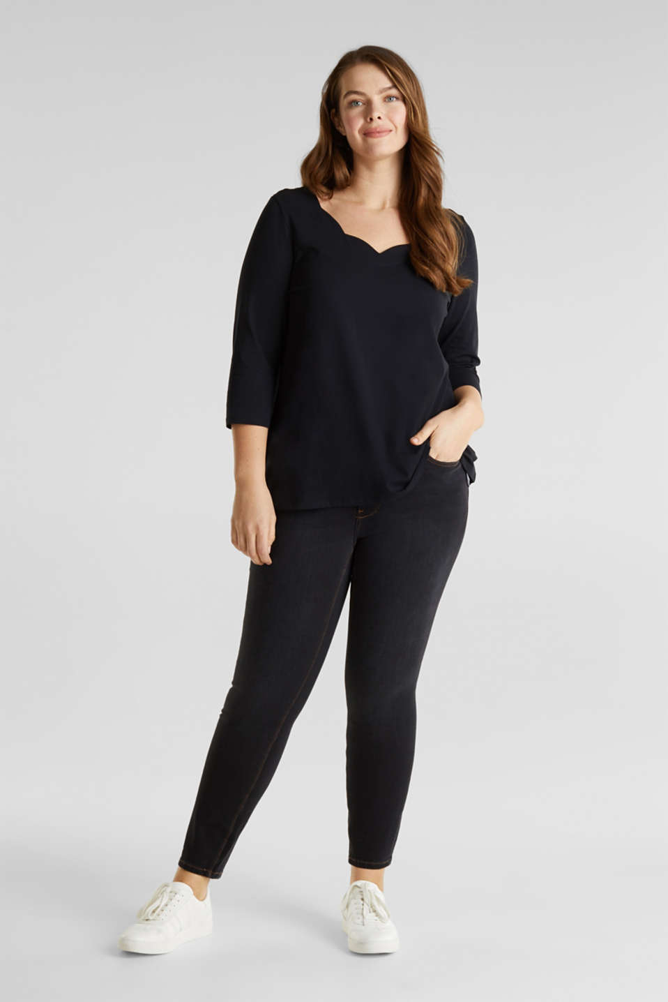 CURVY top with wavy details, BLACK, detail image number 1