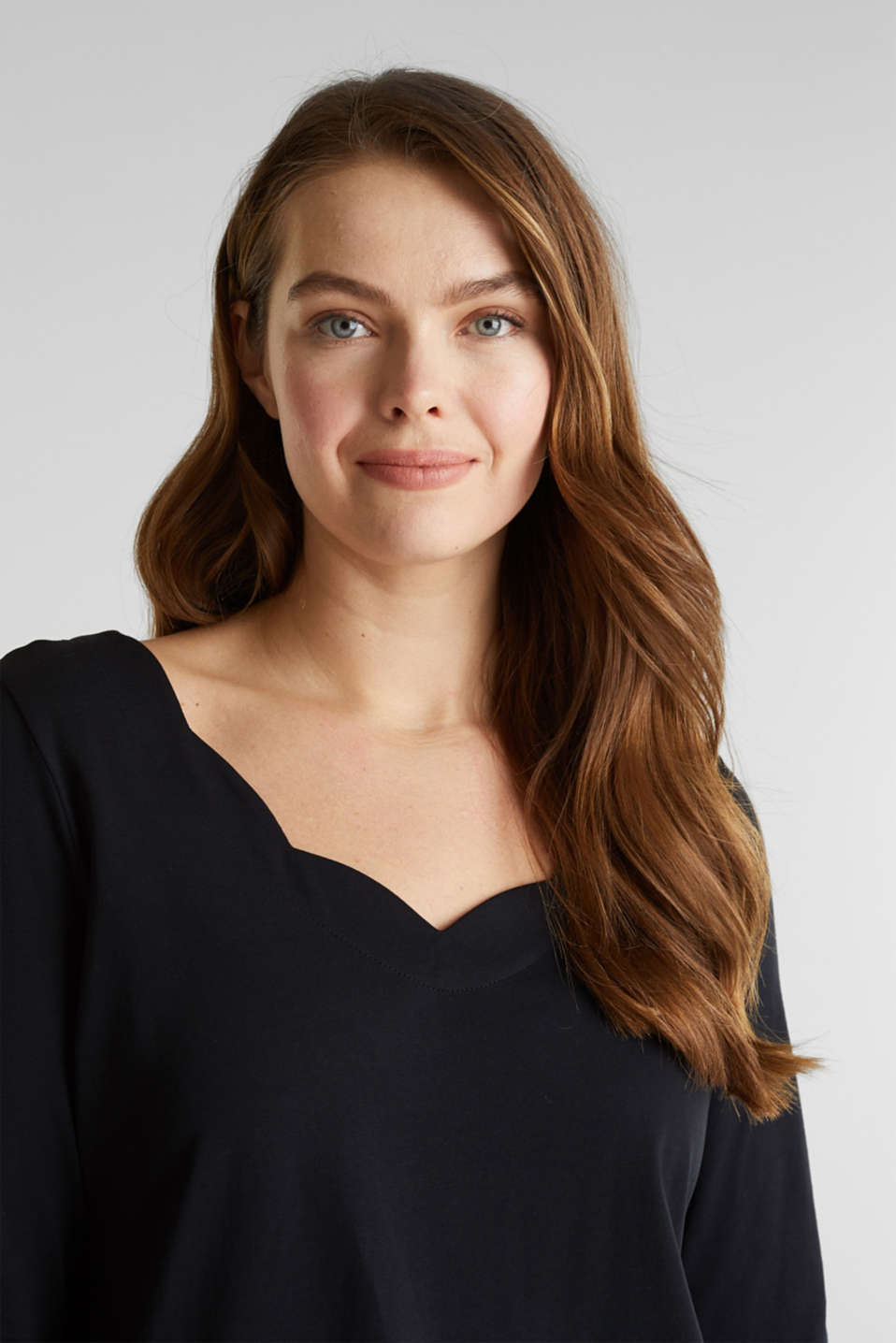 CURVY top with wavy details, BLACK, detail image number 2