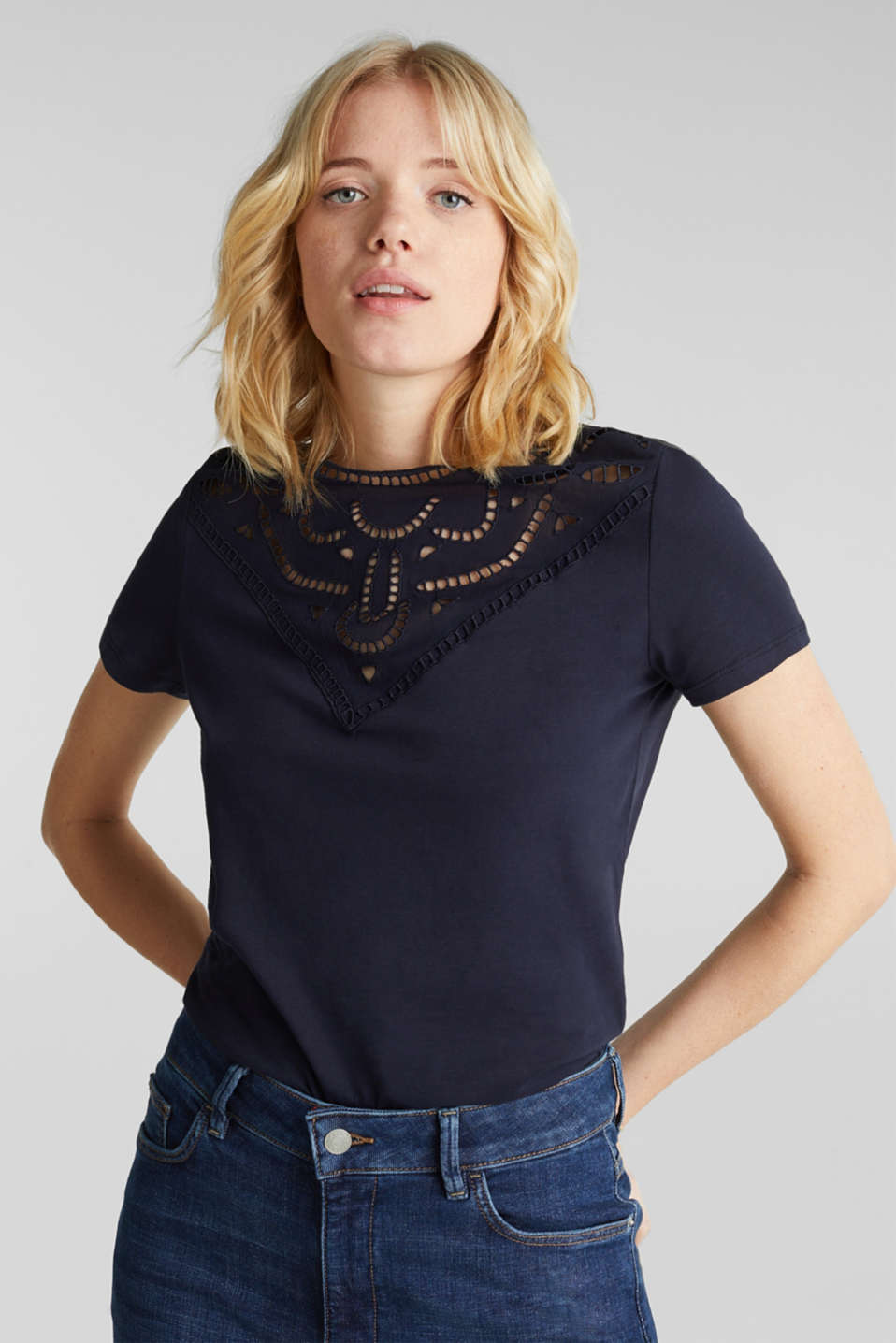 Esprit - Cotton top with lace trims