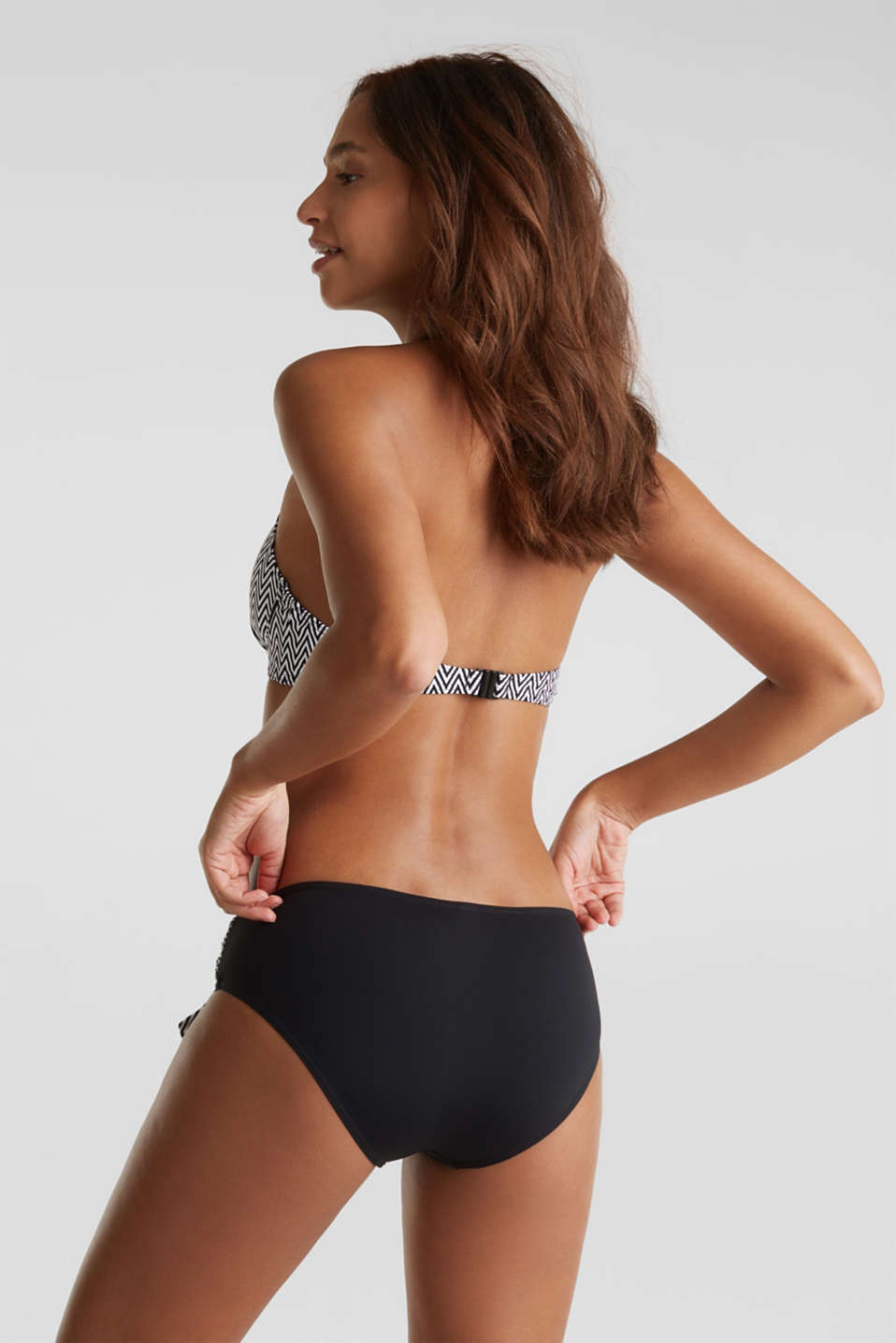 Shaping briefs with a zigzag trim, BLACK, detail image number 2