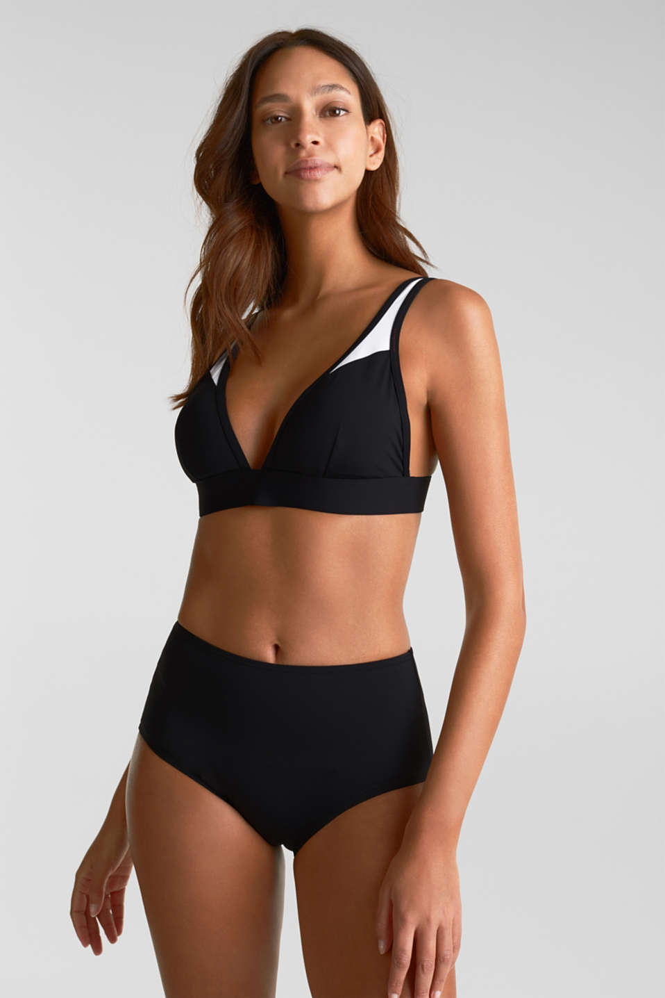 High-waisted briefs with a shaping effect, BLACK, detail