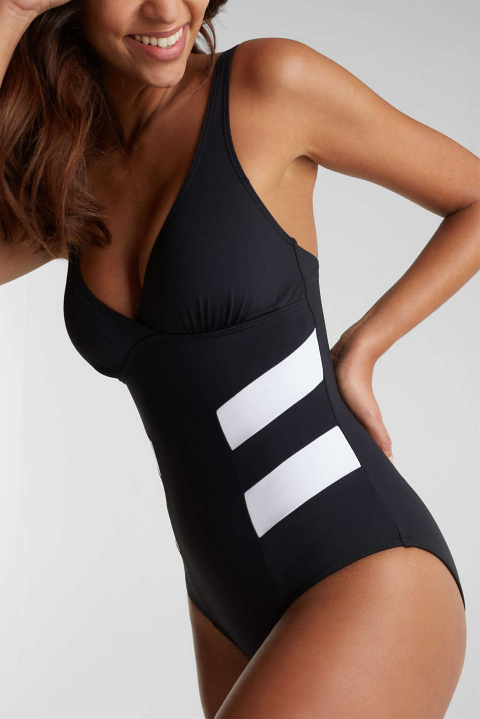 Shaping swimsuit in a colour block look, BLACK, detail image number 2