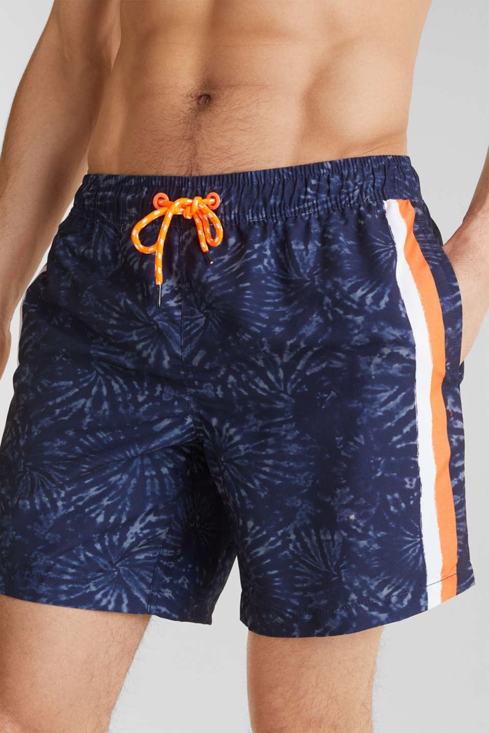 Swim shorts in a batik look, INK, detail image number 2