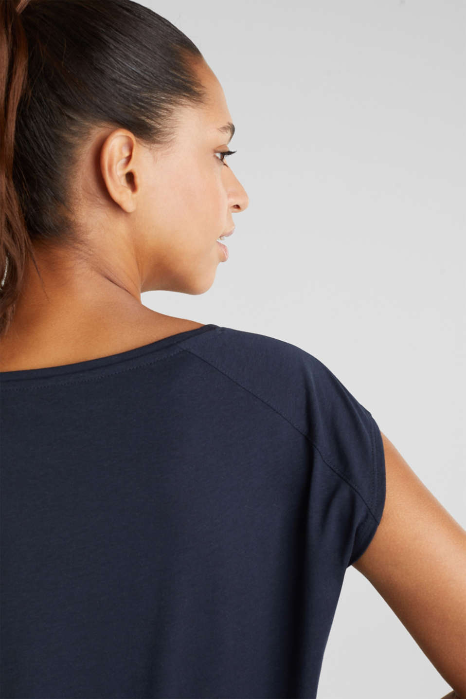 Top with a glittering statement print, NAVY 2, detail image number 2