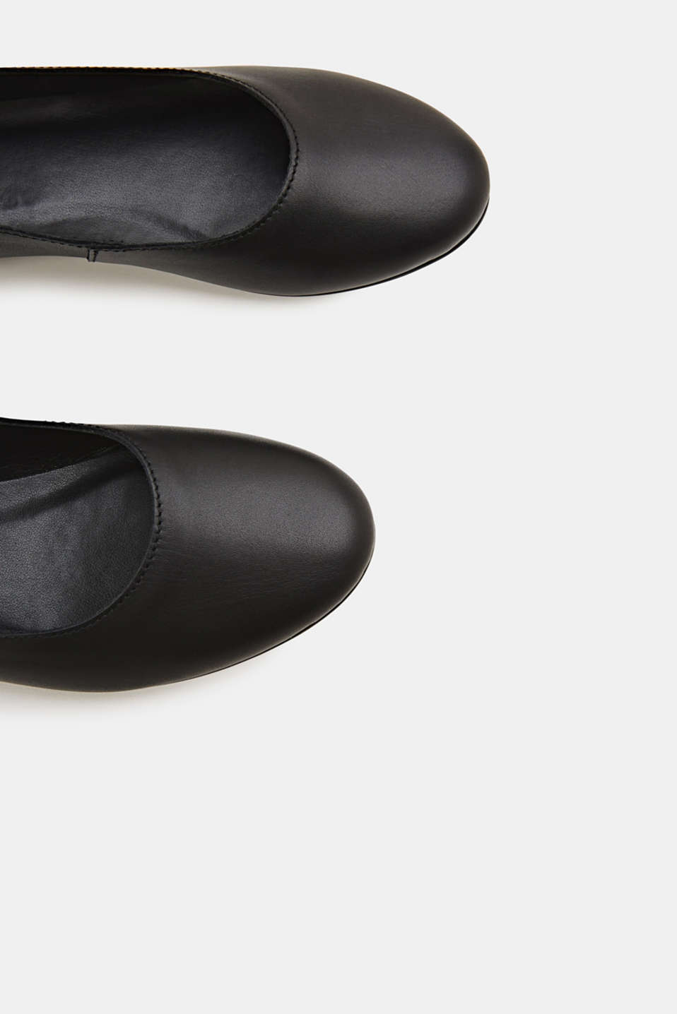 Made of leather: purely styled ballerinas, BLACK, detail image number 1