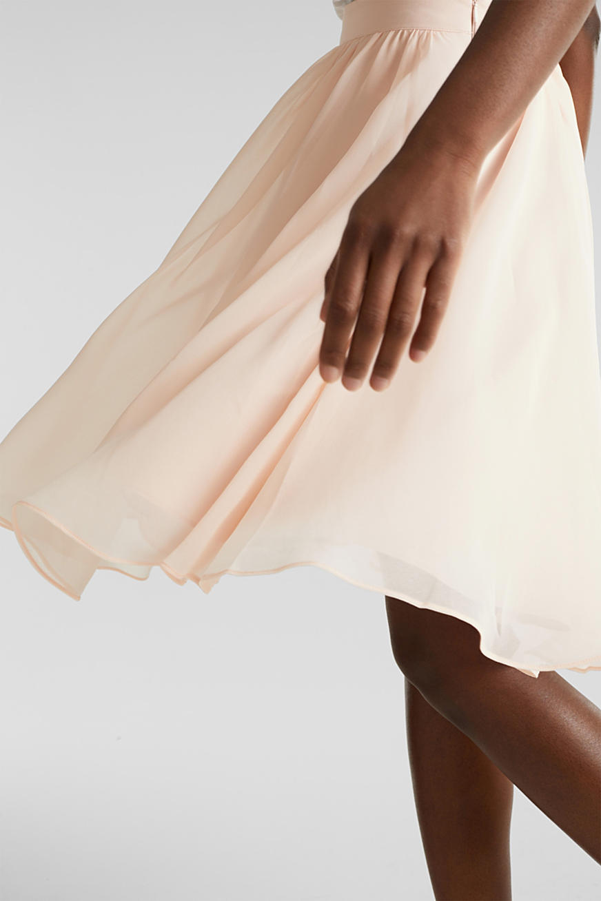 Swirling chiffon skirt