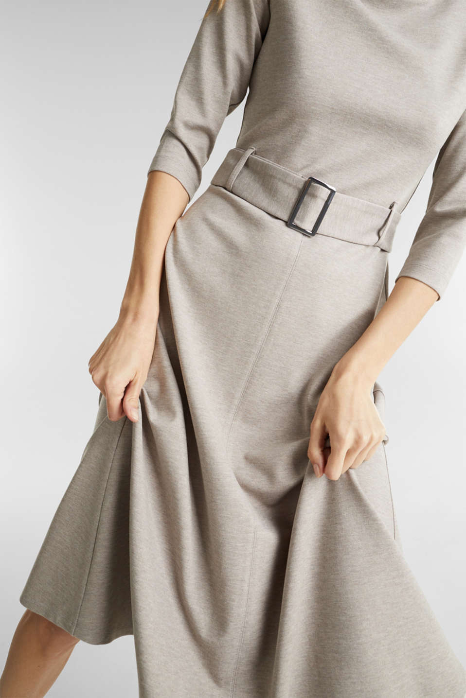 Stretch jersey dress with a belt, LIGHT BEIGE, detail image number 5
