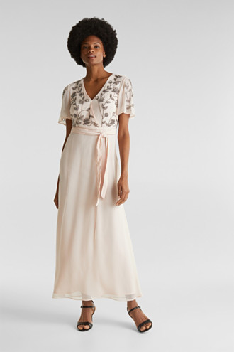 Crinkle chiffon dress with embroidery