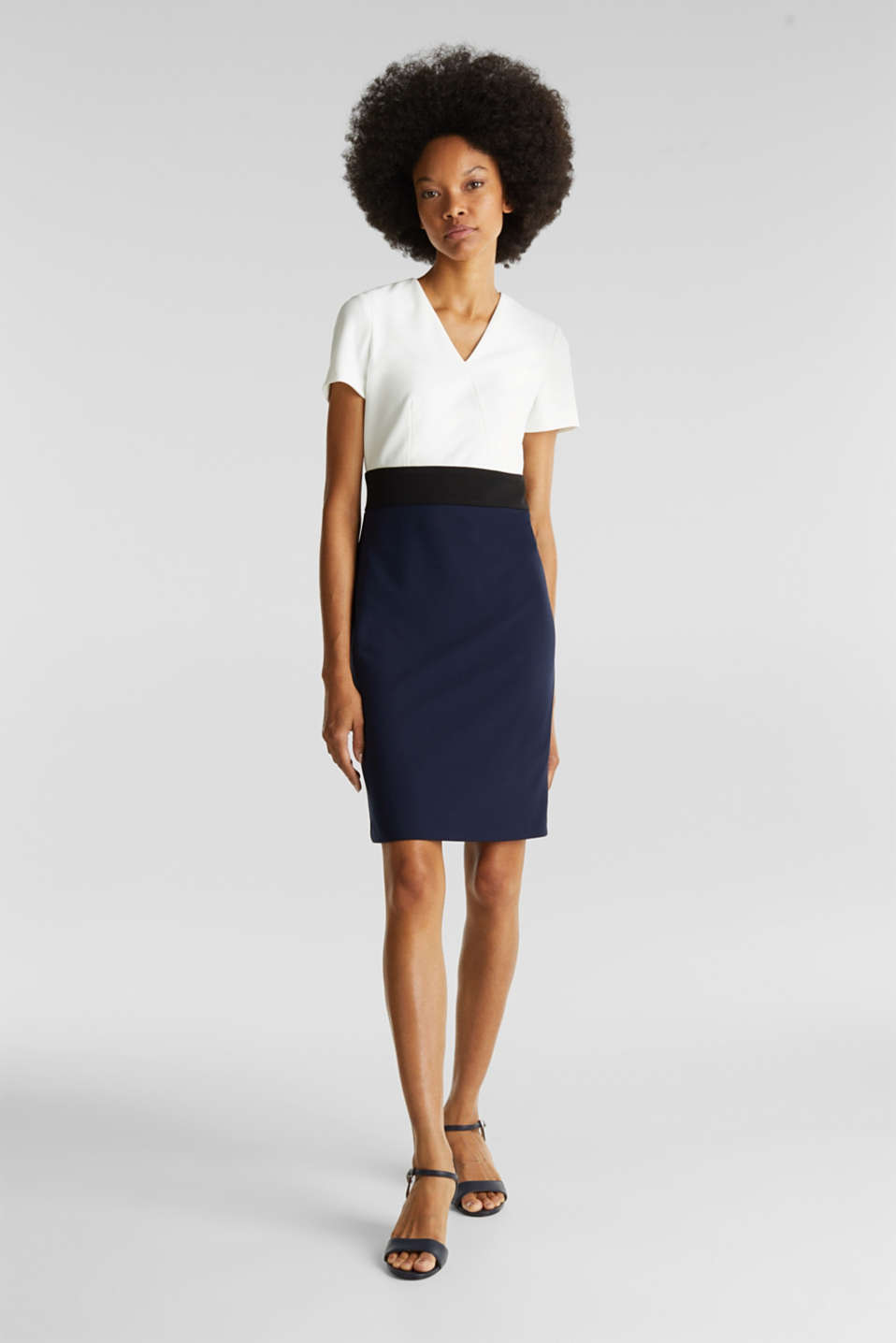 Esprit - Sheath dress in a colour block look