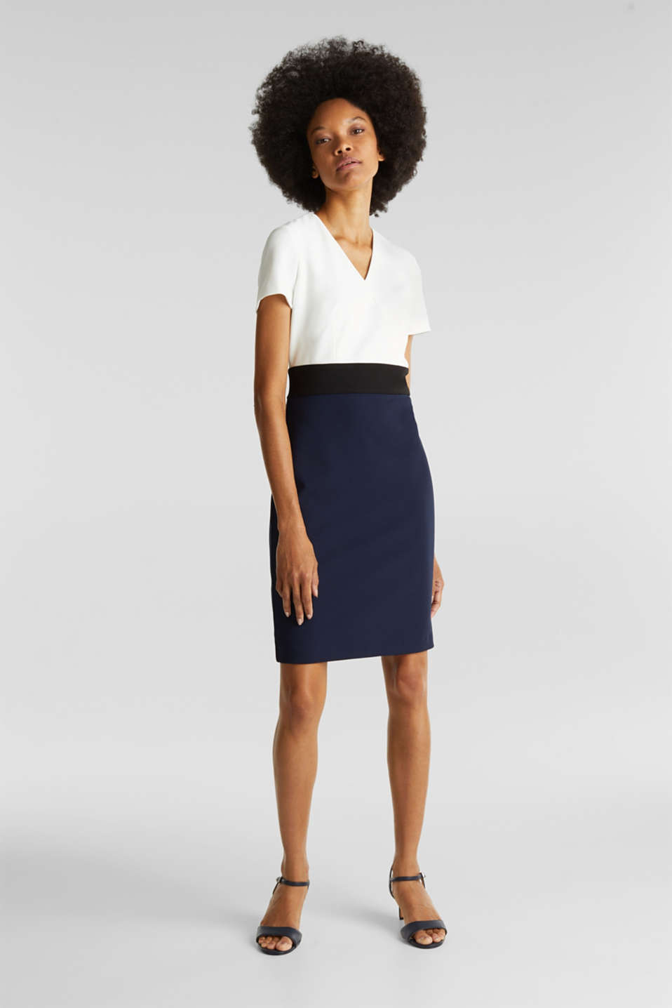 Sheath dress in a colour block look, NAVY, detail image number 1