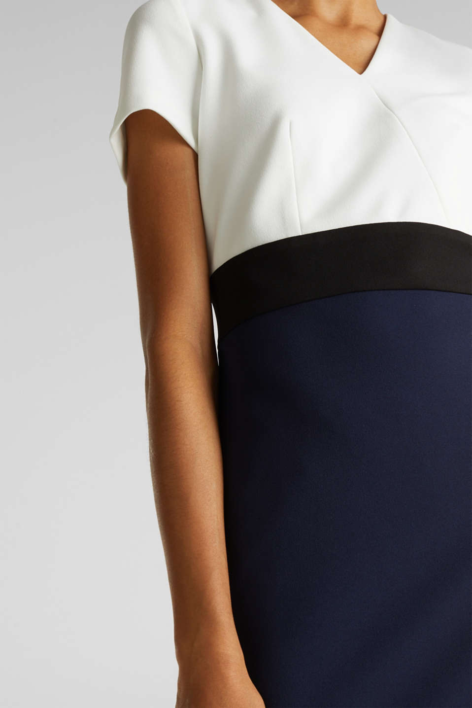 Sheath dress in a colour block look, NAVY, detail image number 2