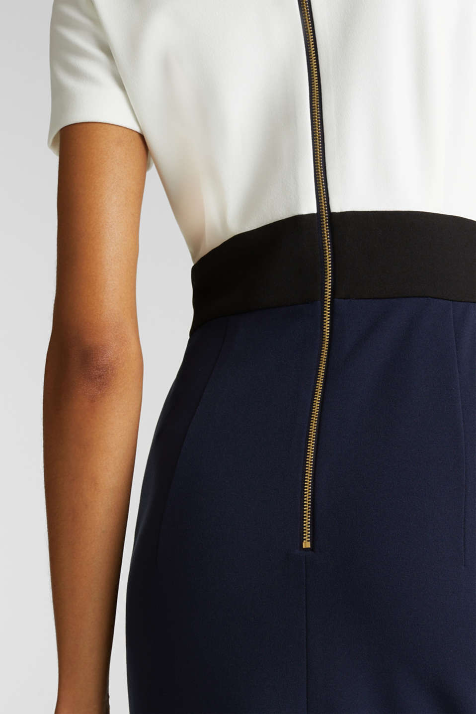 Sheath dress in a colour block look, NAVY, detail image number 5