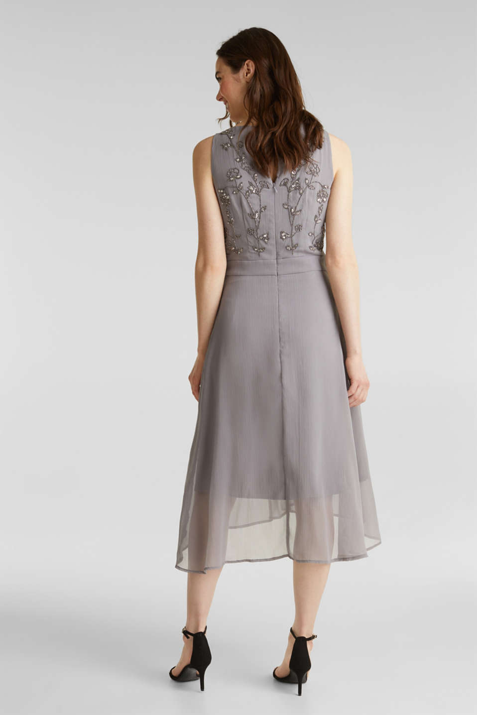 Crinkle chiffon dress with a beaded decoration, GREY, detail image number 2