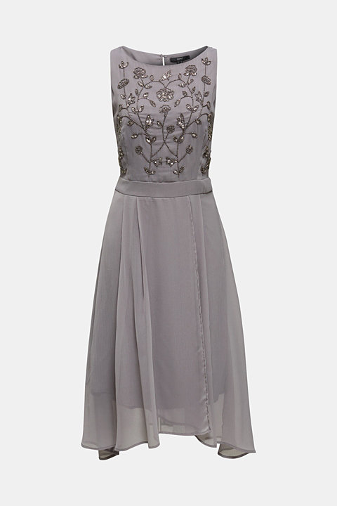 Crinkle chiffon dress with a beaded decoration