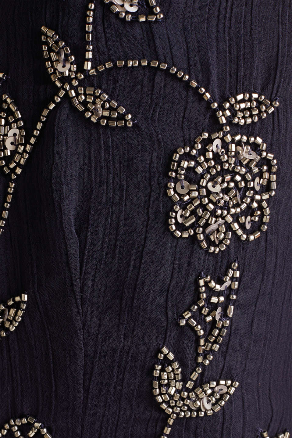 Crinkle chiffon dress with a beaded decoration, NAVY, detail image number 4