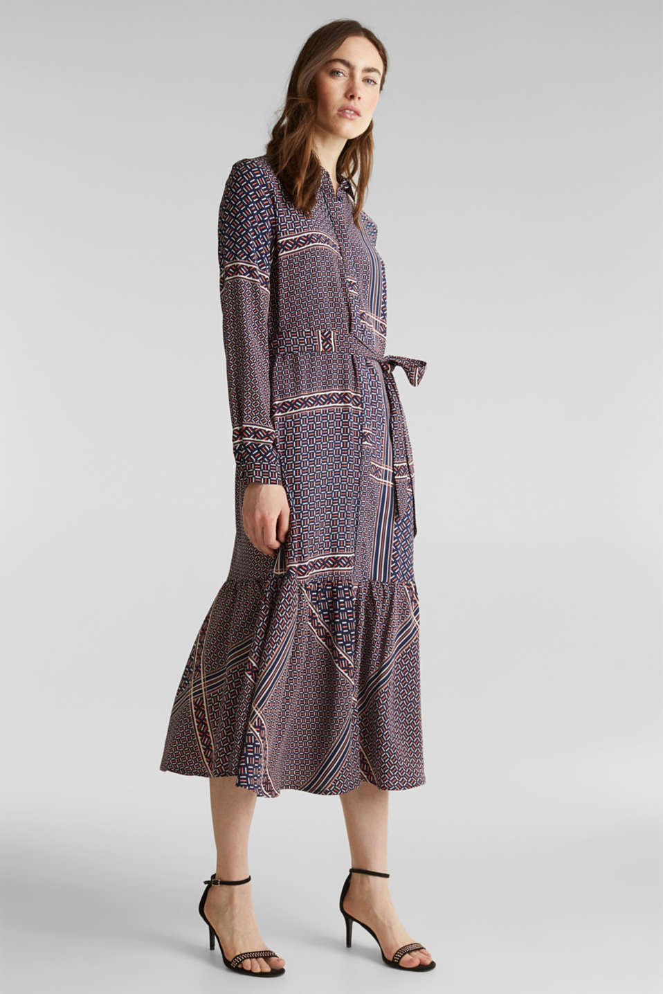 Esprit - Midi dress with a modern tribal print
