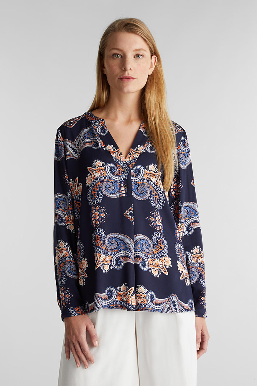 Henley blouse with a short button placket