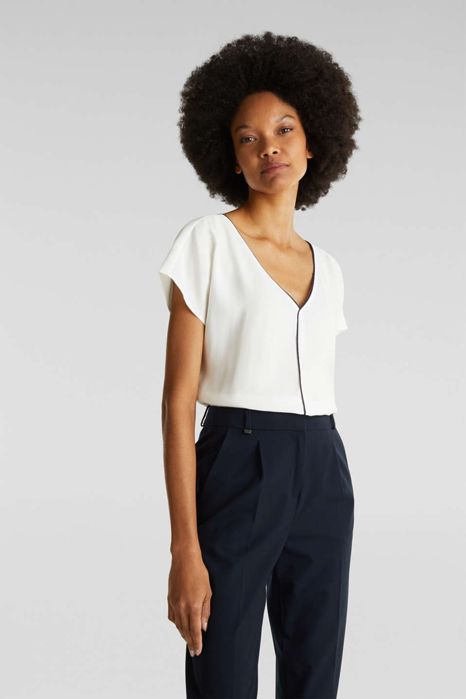 Esprit - Blouse with contrasting piping