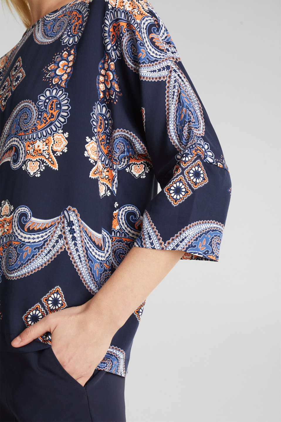 Blouse with a paisley print, NAVY 4, detail image number 2