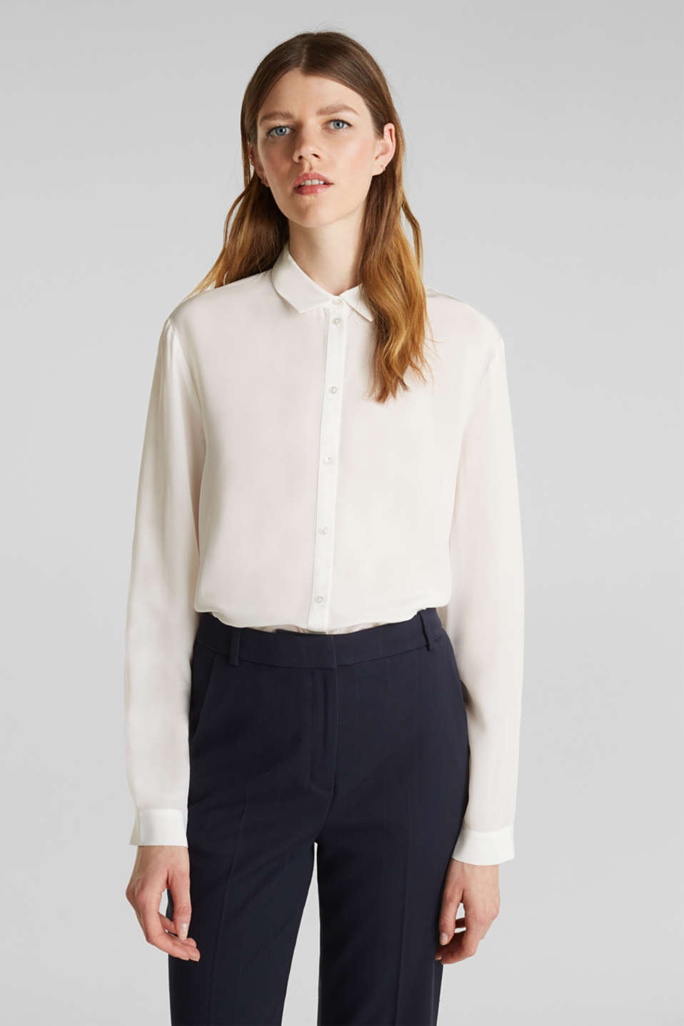 Esprit - Made of blended silk: shirt blouse in a basic look