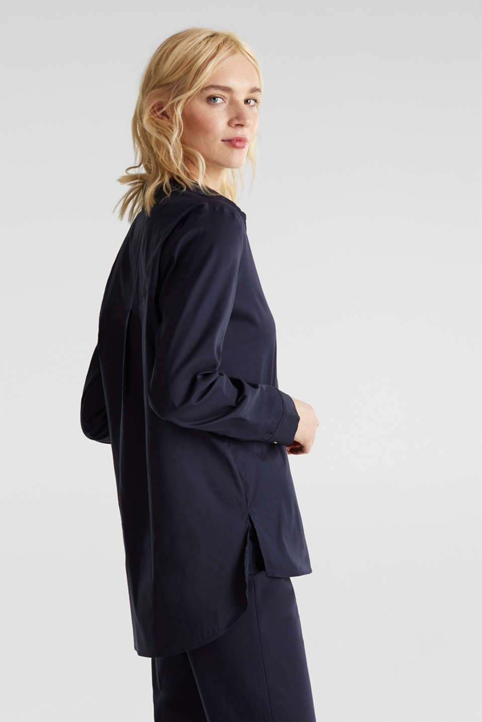 Slip-on stretch blouse with a high-low hem, NAVY, detail image number 4