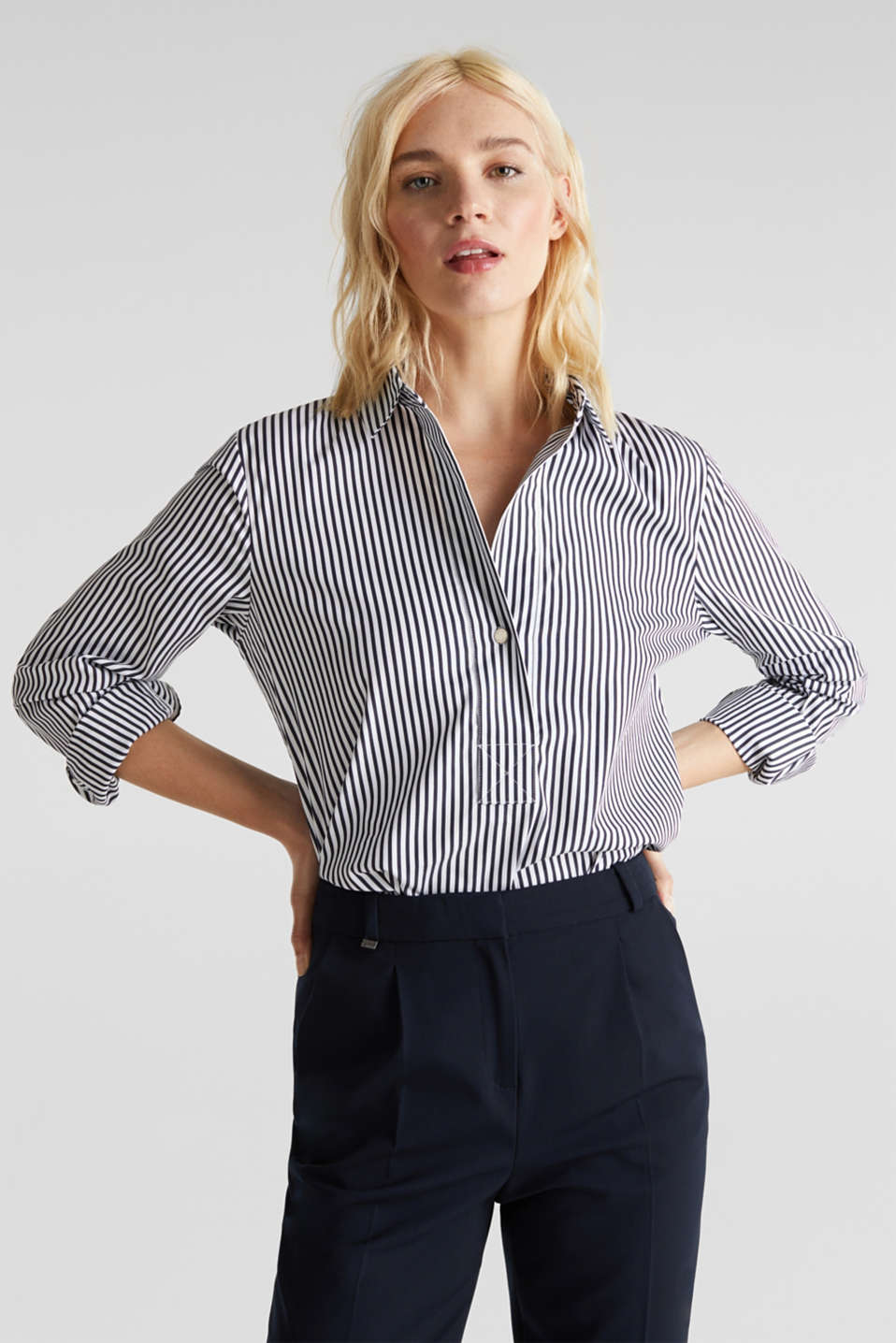 Esprit - Striped slip-on blouse with stretch