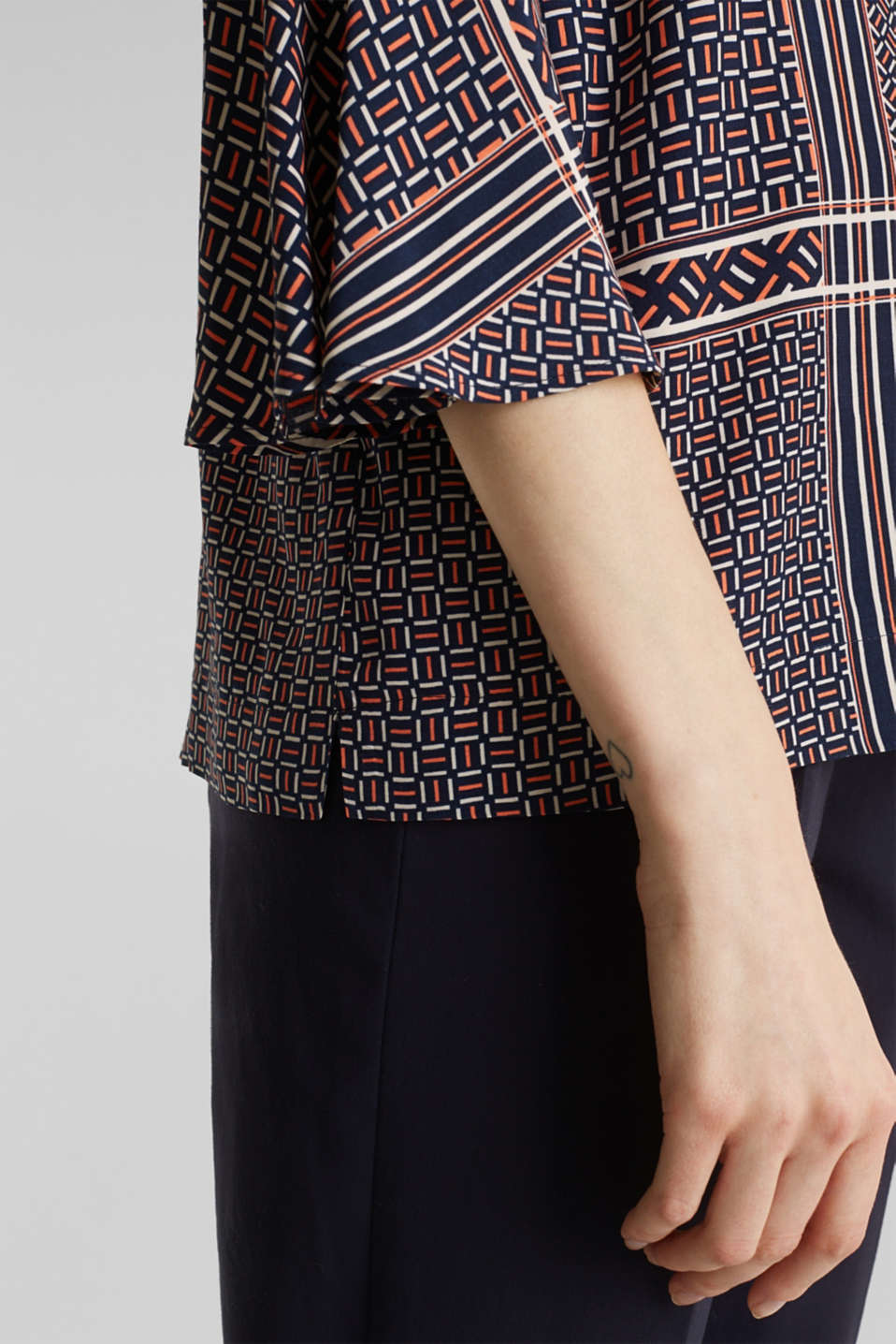 Printed blouse with trumpet sleeves, NAVY, detail image number 2