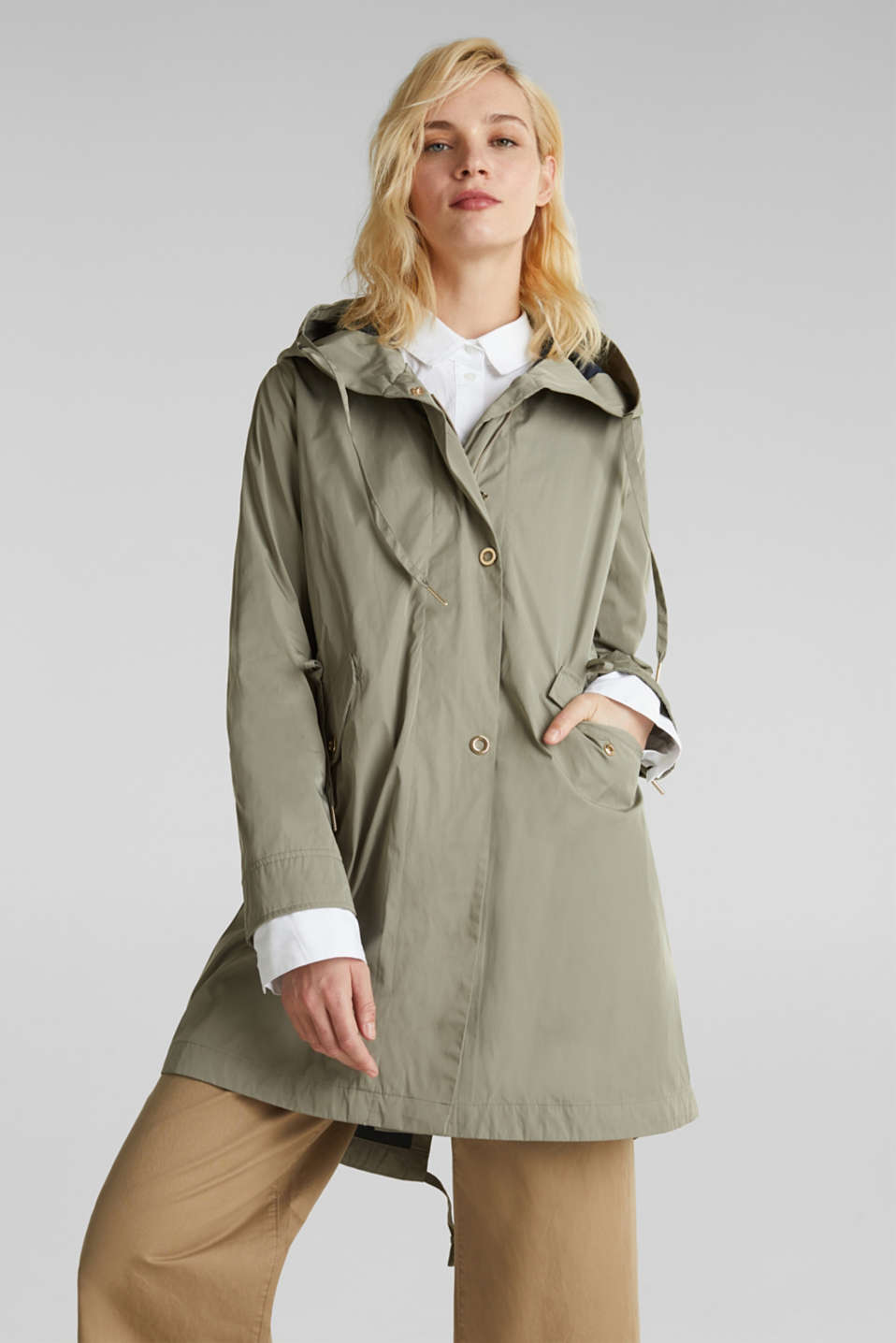 Esprit - Lightweight parka with a fine sheen