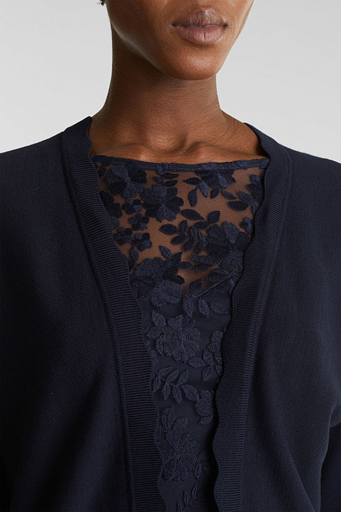 Fine-knit bolero with a scalloped edge, NAVY, detail image number 2