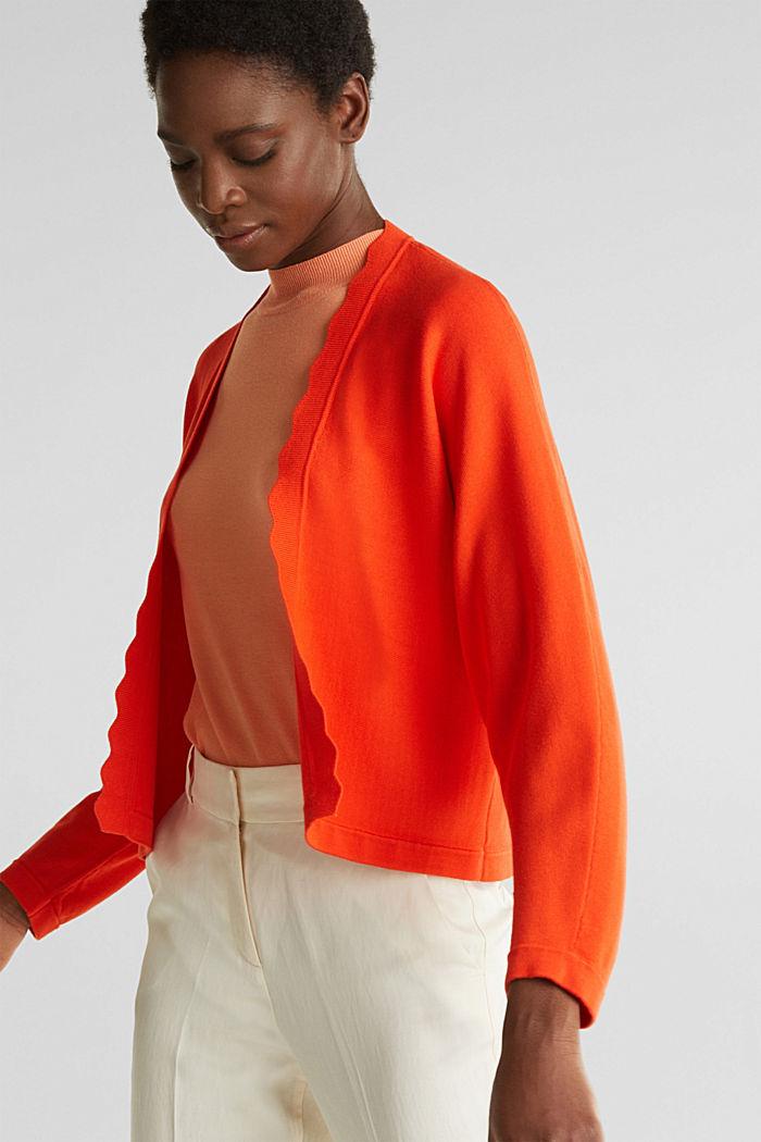 Fine-knit bolero with a scalloped edge