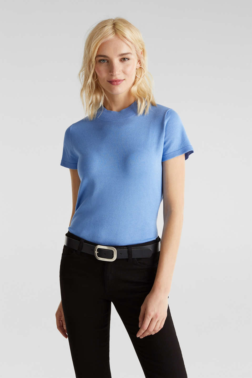 Esprit - Short-sleeved jumper with stretch and LENZING™ ECOVERO™