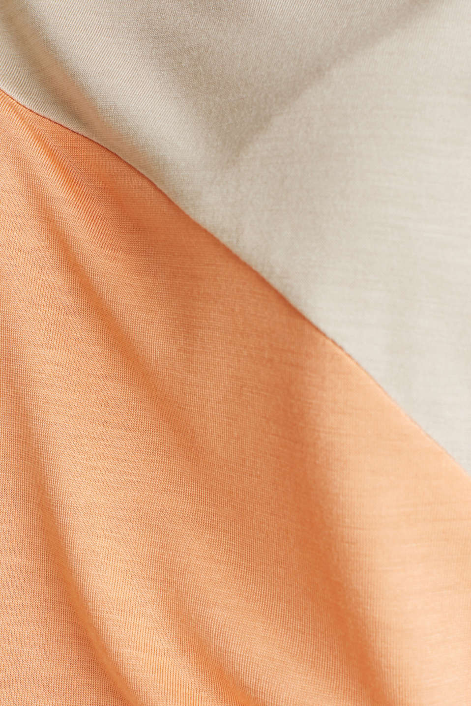 Colour block T-shirt in a new colour mix, LIGHT BEIGE, detail image number 4