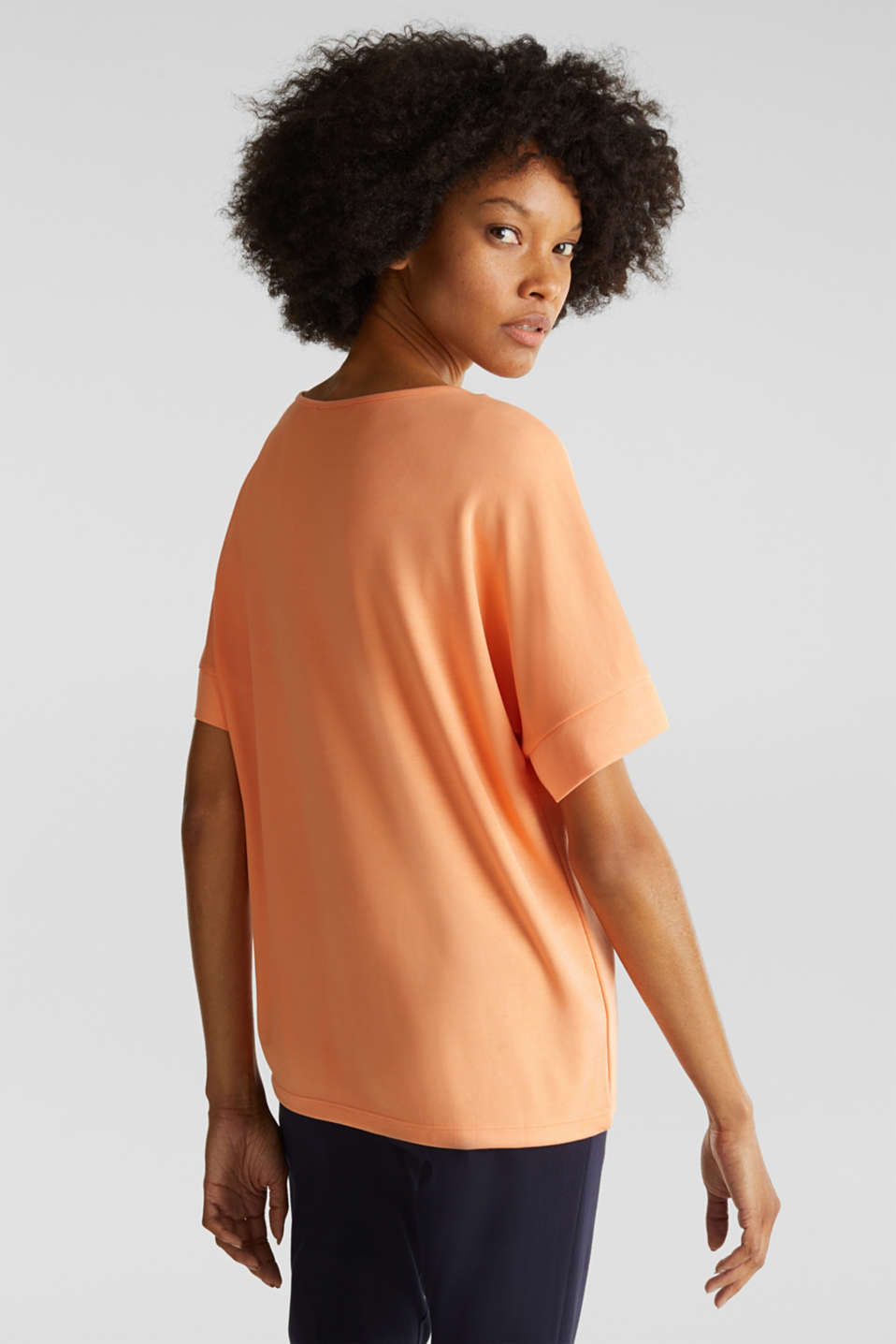 Piqué top with a patch pockets, ORANGE, detail image number 2