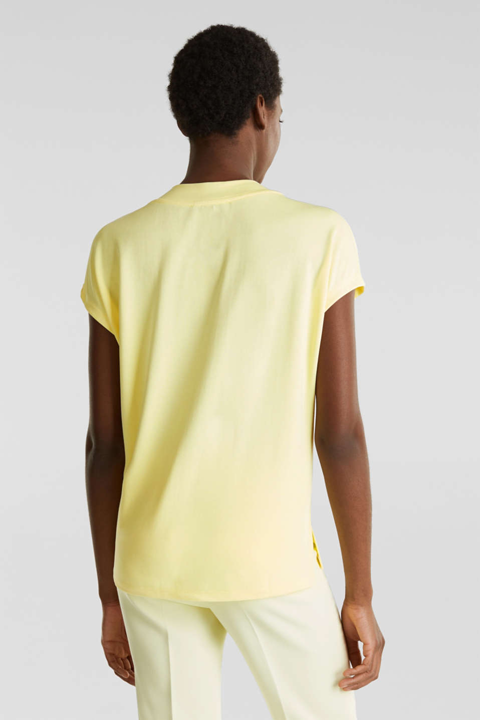 Piqué top with a wide neckline trim, LIME YELLOW, detail image number 2