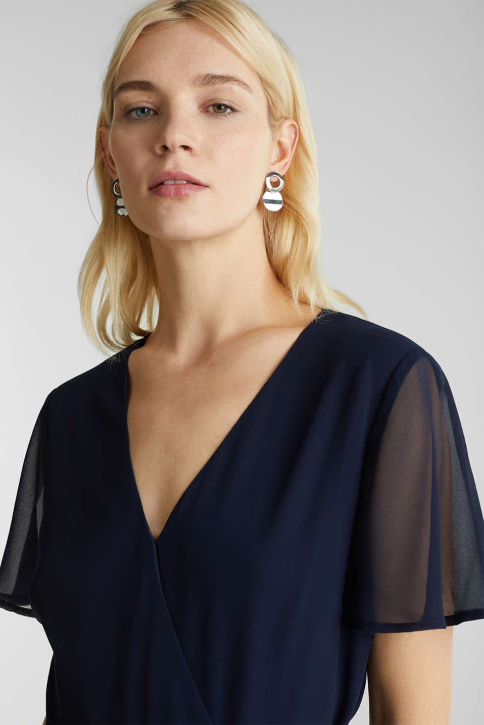 Chiffon jumpsuit with a wrap effect, NAVY, detail image number 7