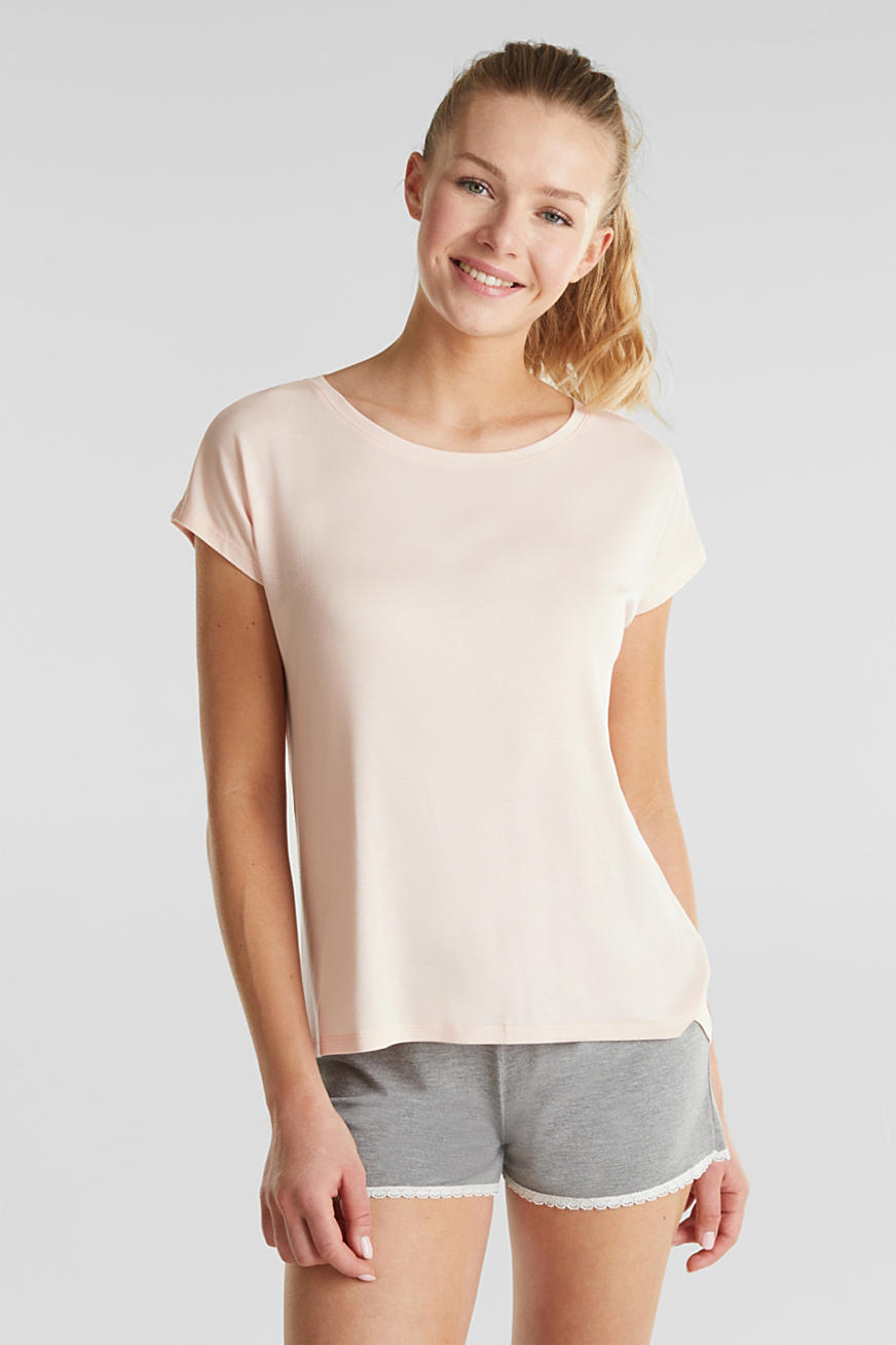 Made of lyocell/TENCEL™: top
