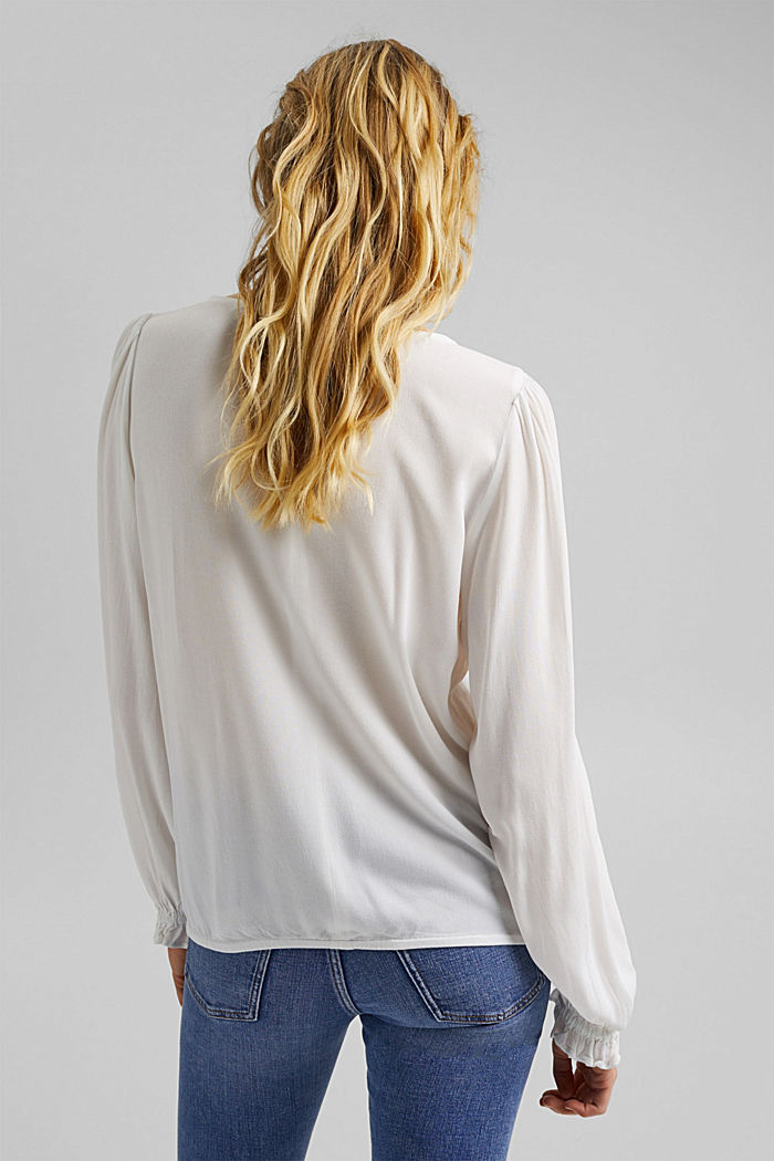 Dainty blouse made of LENZING™ ECOVERO™, OFF WHITE, detail image number 3