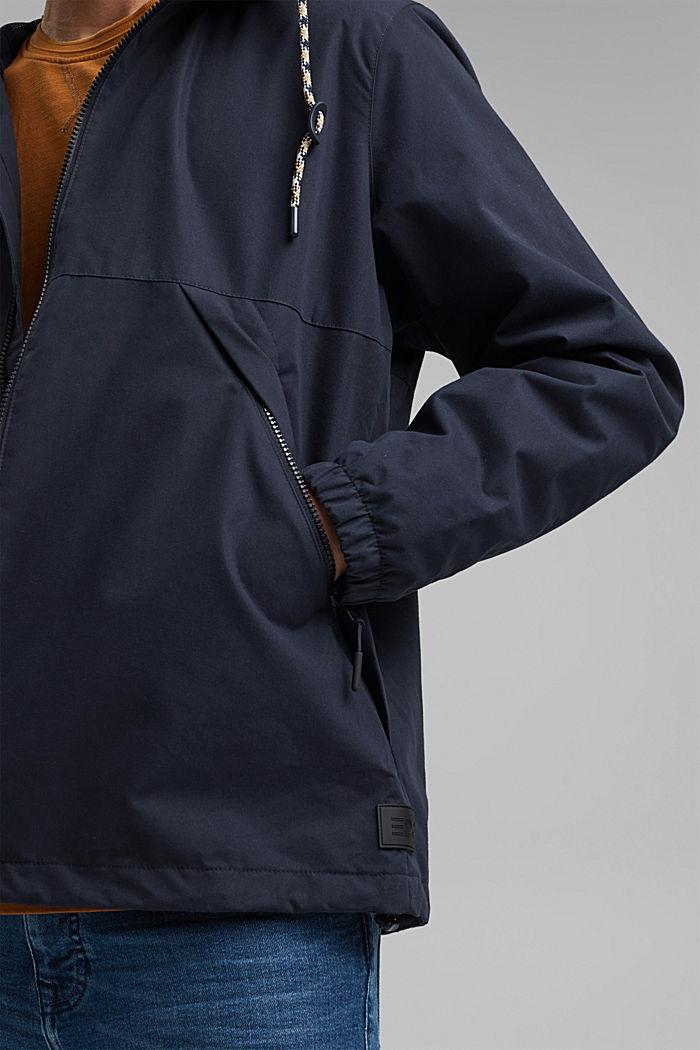 Weatherproof light jacket in blended cotton, NAVY, detail image number 2