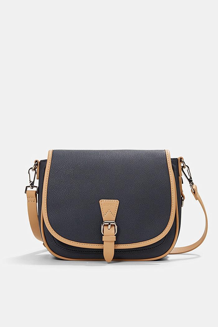 Susie T.: Saddle style shoulder bag
