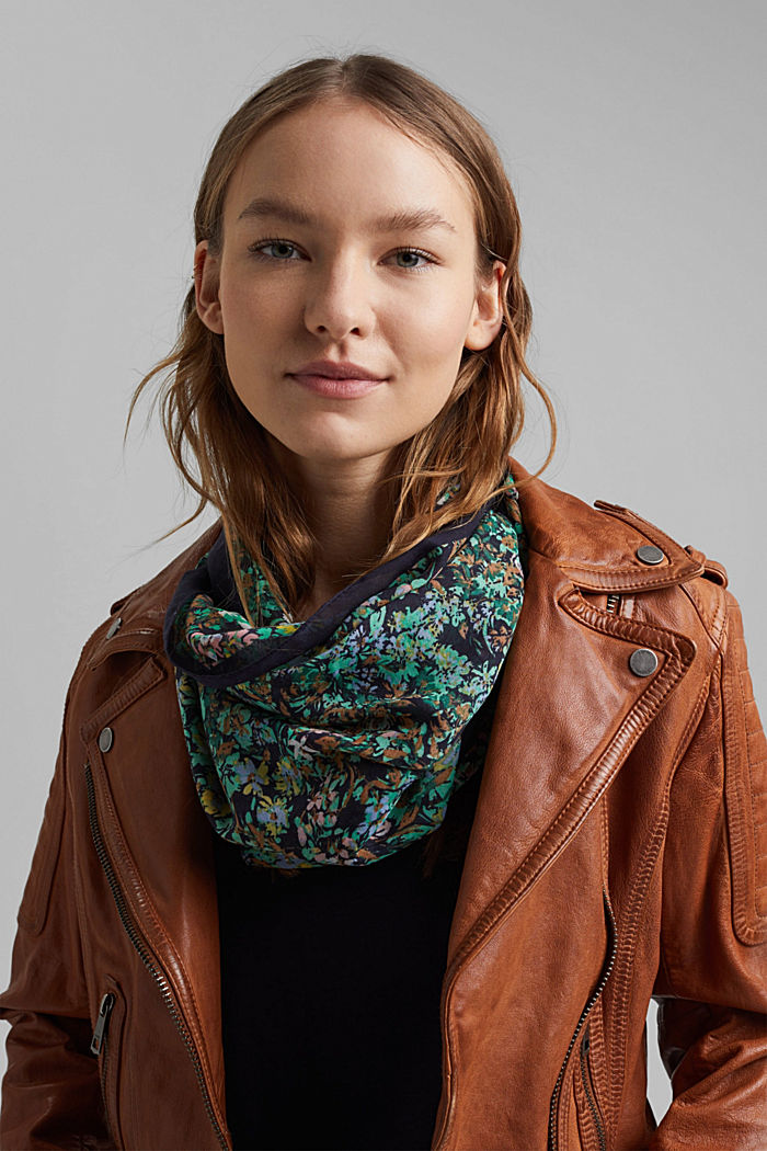 Recycled: Woven scarf with flora print, NAVY, detail image number 1
