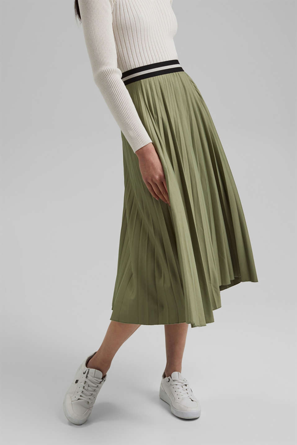 Esprit - Pleated skirt with an elasticated waistband
