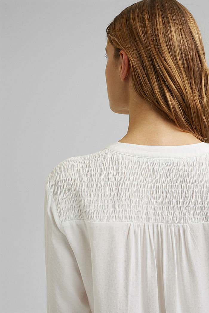 Dainty smocked blouse made of LENZING™ ECOVERO™, OFF WHITE, detail image number 2