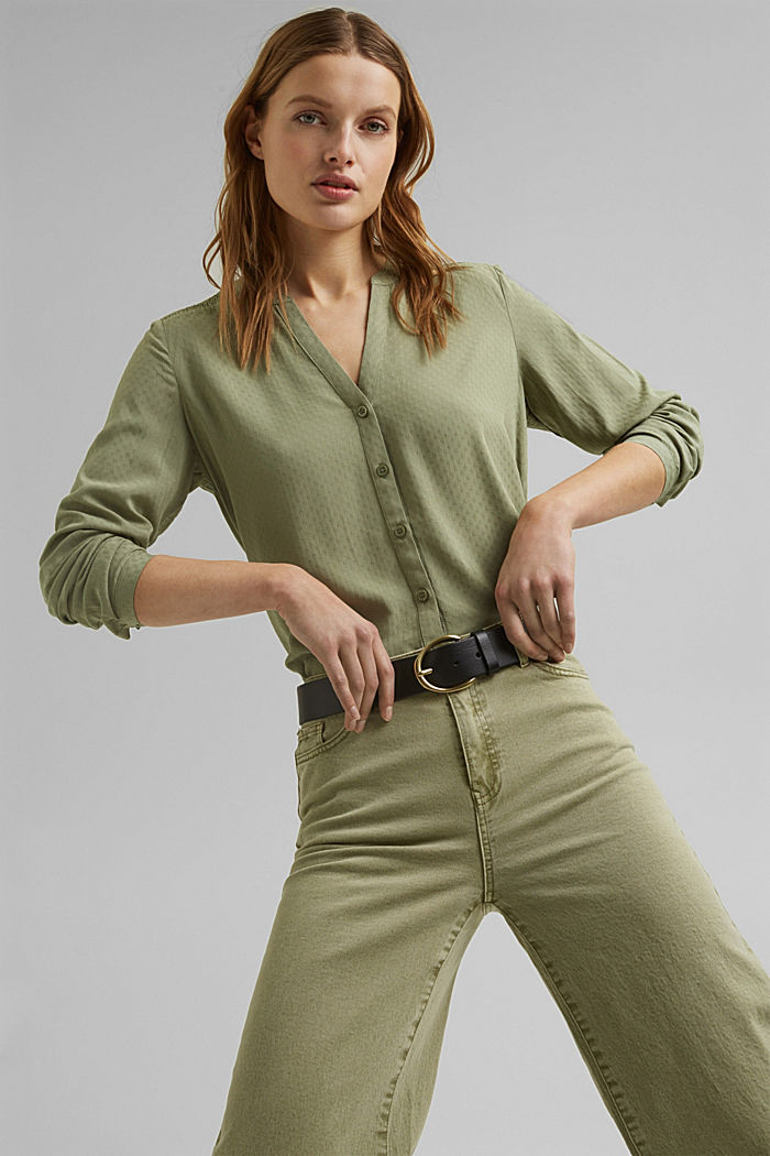 Dainty smocked blouse made of LENZING™ ECOVERO™, LIGHT KHAKI, detail image number 6