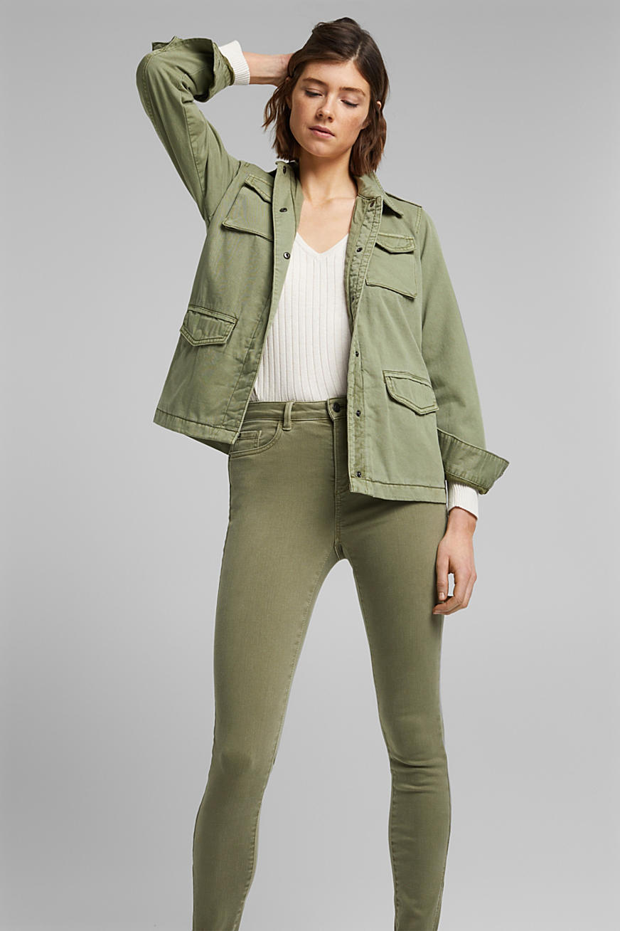 Light jacket in a utility look