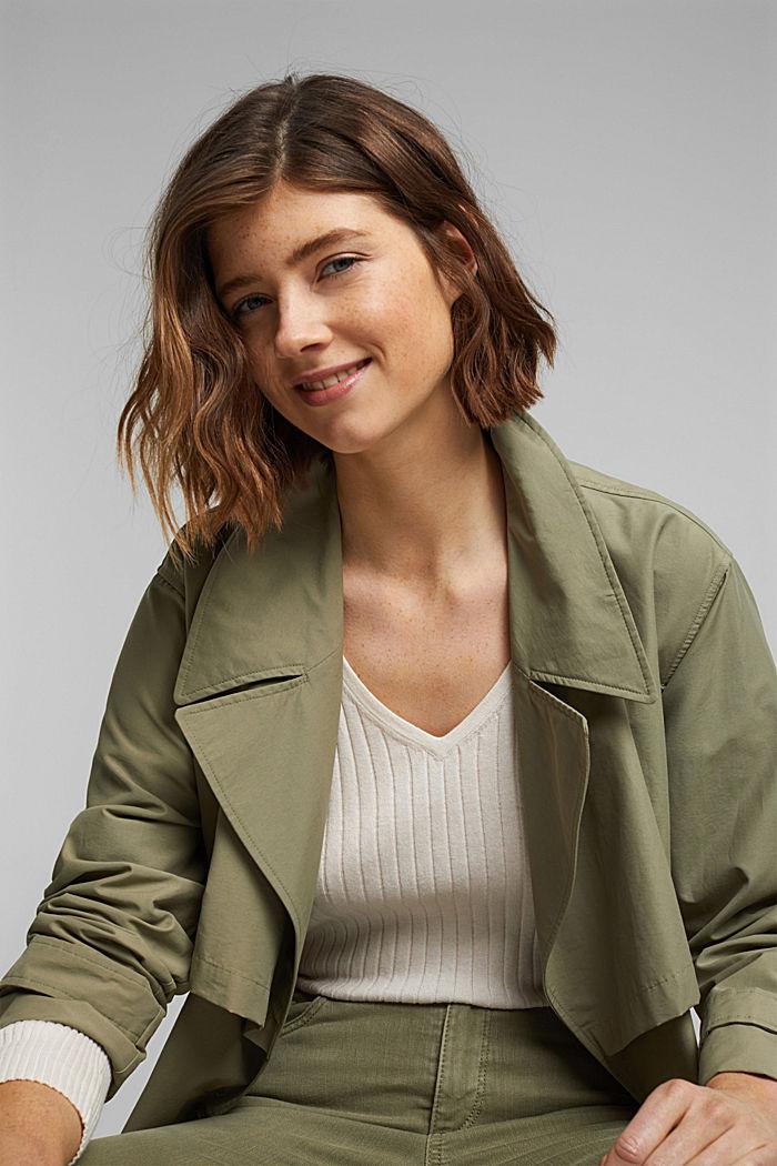 Mit Seide: Ripp-Pullover mit V-Ausschnitt