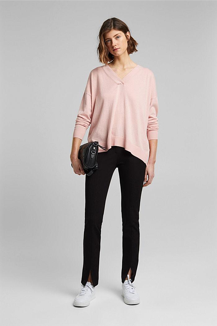Silk blend: V-neck jumper, NUDE, detail image number 1