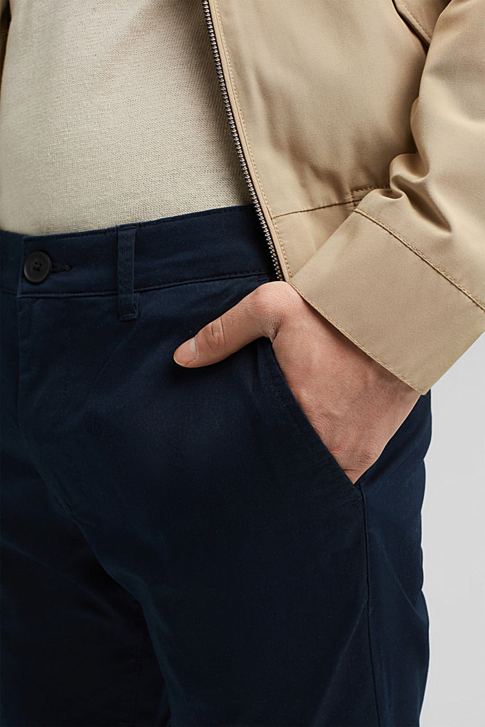 Stretch chinos with COOLMAX® and organic cotton, DARK BLUE, detail image number 2