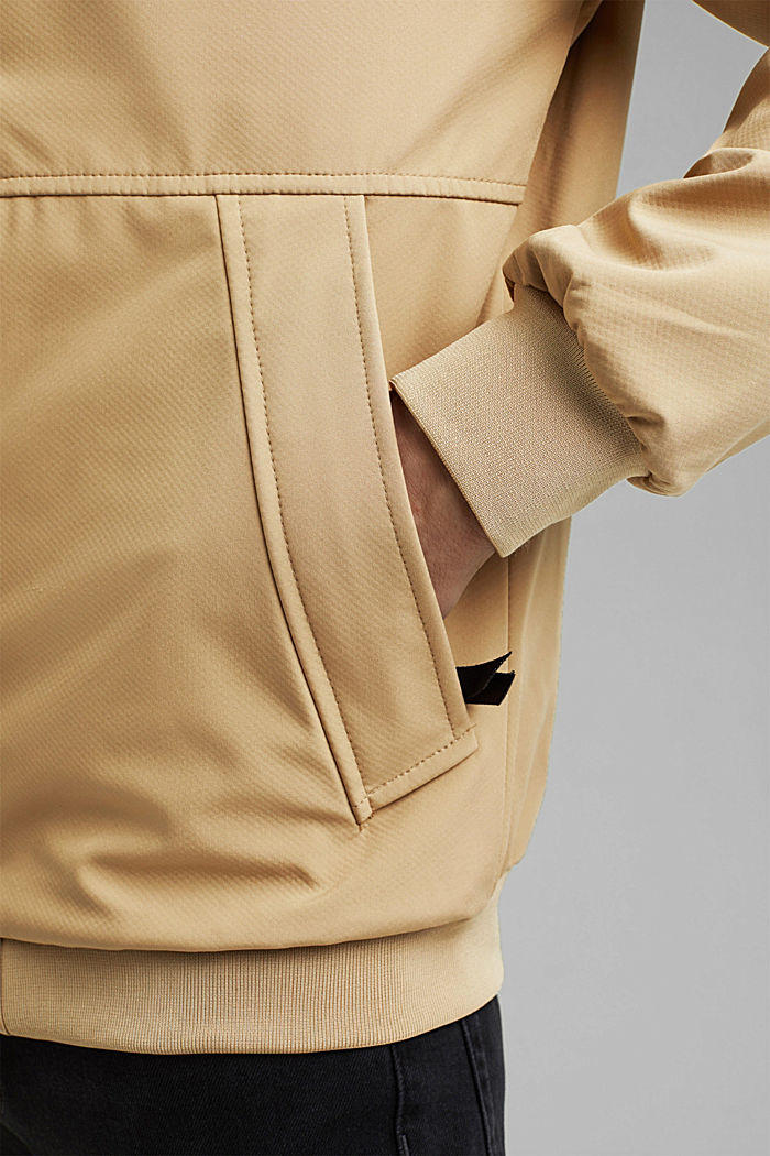 Recycled: softshell jacket with hood, BEIGE, detail image number 5